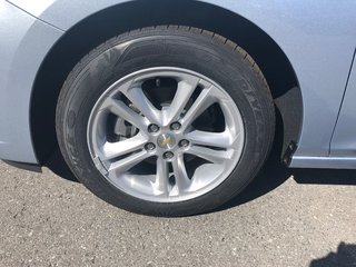 Chevrolet Cruze LT  - $172.66 B/W 2018