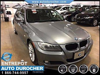 2011 BMW 3 Series 323i TOUT ÉQUIPÉ TOIT OUVRANT SIÈGES CHAUFFANTS