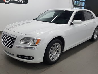 Chrysler 300 2014 Touring, cuir, caméra recul, sièges chauffants