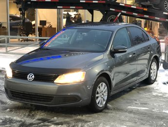 Volkswagen Jetta 2013 TOIT OUVRANT*SIEGES CHAUFF*BLUETOOTH*AIR CLIM*MAGS