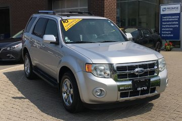 2010 Ford Escape Limited V6 4WD **Bi-Weekly Payment $97.97**
