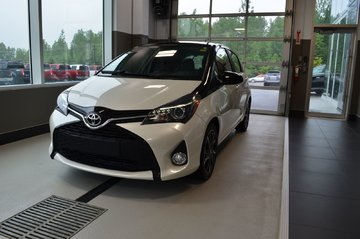 2017 Toyota Yaris SE, TRÈS RARE!!,BLUETOOTH, PNEUS HIVER INCLUS!!