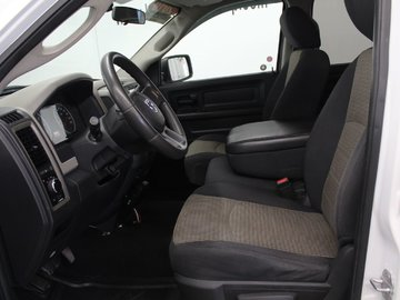 2010 Dodge RAM 1500 ST 5.7L 8 CYL HEMI AUTOMATIC 4X4 QUAD CAB