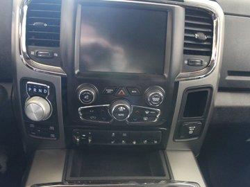 2014 Dodge RAM 1500 Sport 5.7L 8 CYL HEMI AUTOMATIC 4X4 CREW CAB