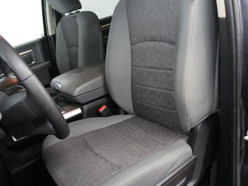 2015 Dodge RAM 1500 SLT - REMOTE START / ECODIESEL / BACK-UP CAMERA