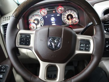 2018 Dodge Ram 3500 LONGHORN SPECIAL EDITION - FULLY LOADED / LIKE-NEW