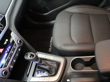2017 Hyundai Elantra LIMITED 2.0L 4 CYL AUTOMATIC FWD 4D SEDAN