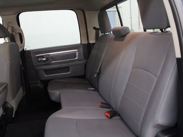 2016 Dodge RAM 1500 SLT 5.7L 8 CYL AUTOMATIC 4X4 CREW CAB