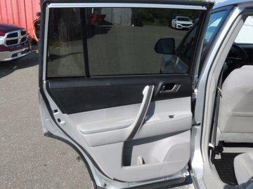 2010 Toyota Highlander SE 3.5L 6 CYL AUTOMATIC AWD