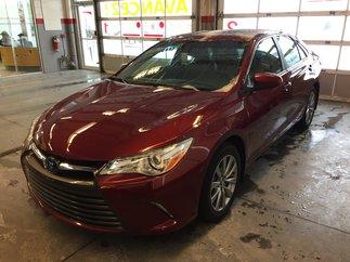 2017 Toyota Camry Hybrid XLE Hybrid Neuf