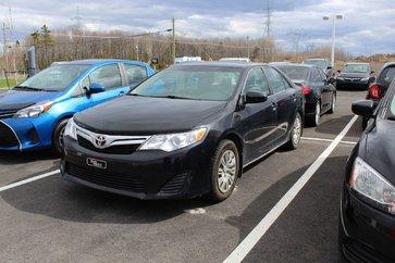 Toyota Camry LE+ BAS KM + JAMAIS ACCIDENTÉ +1 PROPRIO 2014
