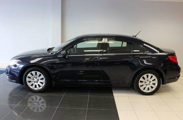 2012 Chrysler 200 LX 2.4L 4 CYL AUTOMATIC FWD 4D SEDAN | Photo 1