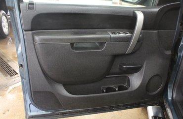 2012 GMC Sierra 1500 Z71 SLE 5.3L 8 CYL AUTOMATIC 4X4 CREW CAB