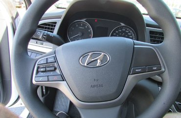 2017 Hyundai Elantra LE 2.0L 4 CYL AUTOMATIC FWD 4D SEDAN