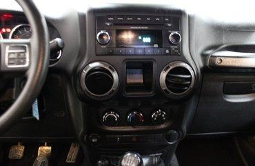 2015 Jeep Wrangler SPORT 3.6L 6 CYL 6 SPD MANUAL 4X4 - 2 DOOR