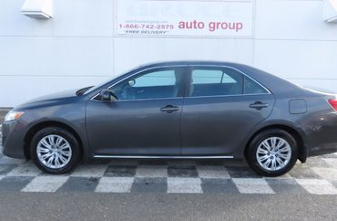2014 Toyota Camry LE 2.5L 4 CYL AUTOMATIC FWD 4D SEDAN   Photo 1