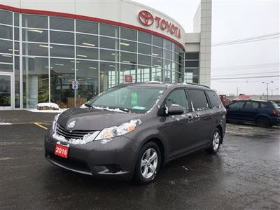 2016 Toyota Sienna LE 8 PASS HEATED SEATS BACK UP CAMERA