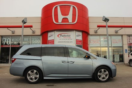 2011 Honda Odyssey Touring - NAVIGATION - DVD PLAYER - 8 PASSENGER