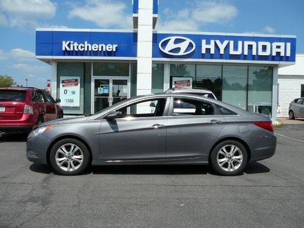 2011 Hyundai Sonata LIMITED // ACCIDENT FREE // 1 OWNER // SUNROOF //