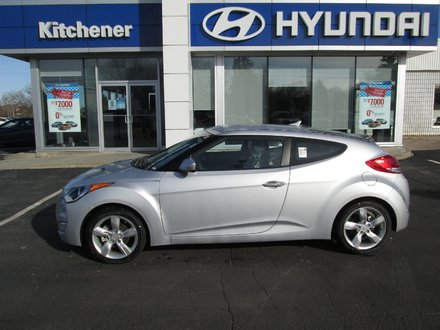 2014 Hyundai Veloster Veloster // Brand New // No Charge Snow Tires