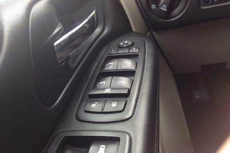 2013 Dodge Grand Caravan CREW- $120 B/W