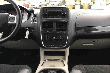 2016 Dodge Grand Caravan CREW *Power Driver Seat * Cruise Control* A/C