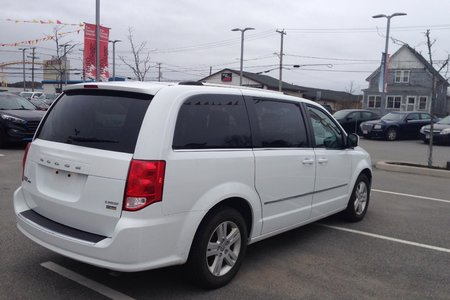2017 Dodge Grand Caravan Crew- $199 B/W