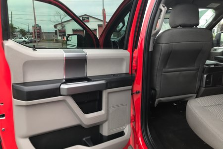 2016 Ford F150 XLT x/XTR Pkg