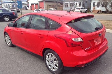 2014 Ford Focus SE- $88 B/W