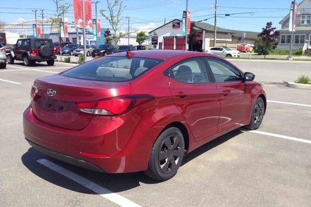 2014 Hyundai Elantra GL..$119 B/W..AUTO..AIR..HEATED SEATS..BLUETOOTH!!