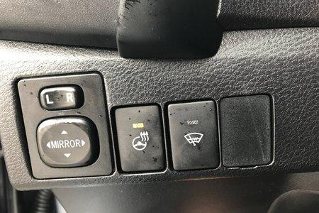 2017 Toyota Corolla 4-door Sedan SE CVTi-S