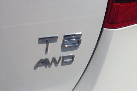 2016 Volvo V60 Cross Country T5 Premier