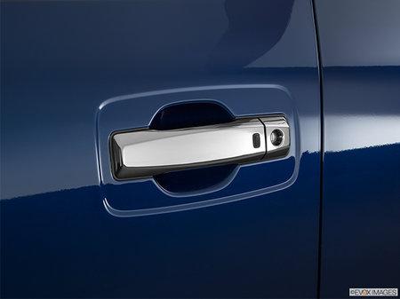 Nissan Titan XD Diesel PLATINUM 2019 - photo 1