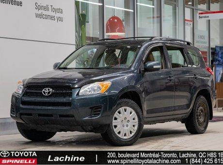 Toyota RAV4 Base - 4X4 2010