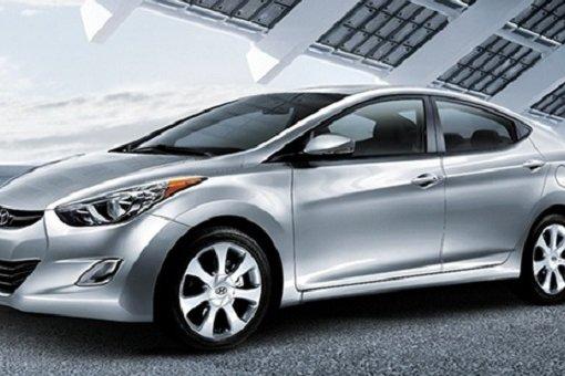 2015 Hyundai Elantra: fuel-efficient and fun to drive
