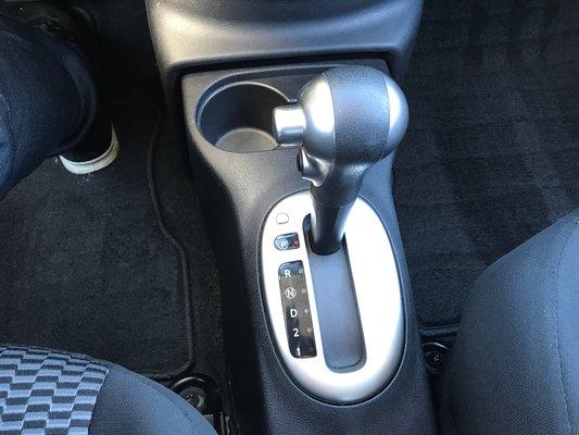 Nissan Micra SV 2015 TRES ECONOMIQUE (13/15)