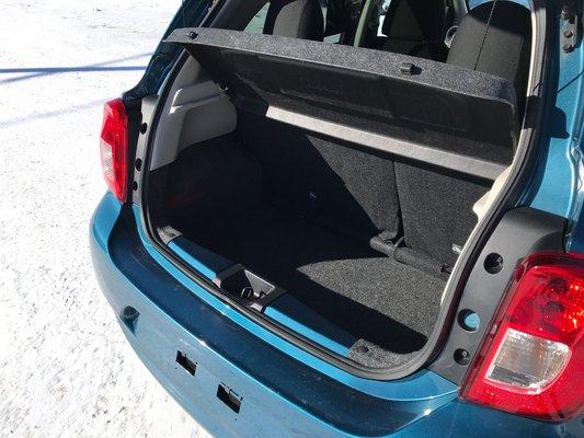 Nissan Micra SV 2015 TRES ECONOMIQUE (10/15)