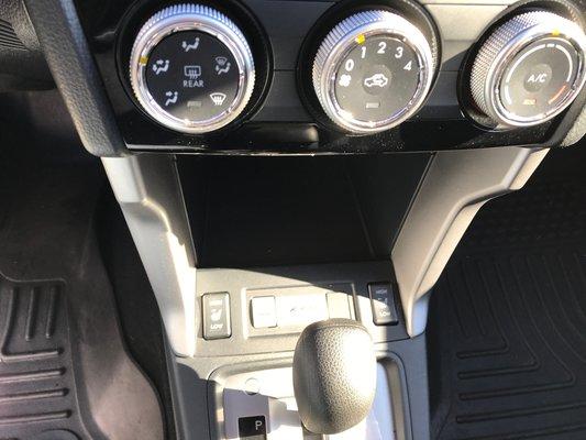 Subaru Forester I Convenience 2016 awd (11/14)