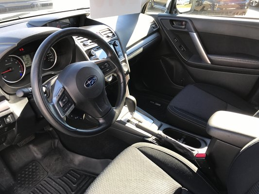 Subaru Forester I Convenience 2016 awd (7/14)