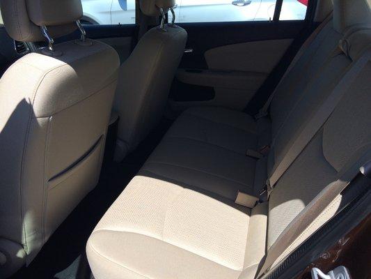 2013 Chrysler 200 LX (6/9)