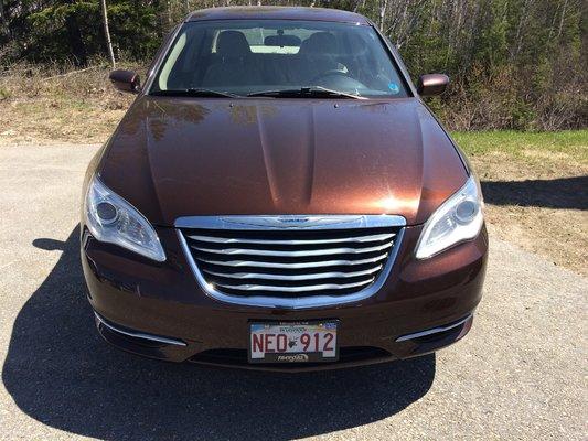 2013 Chrysler 200 LX (2/9)