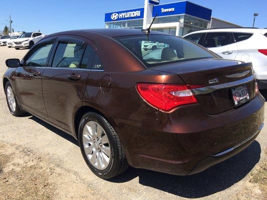 2013 Chrysler 200 LX (5/9)