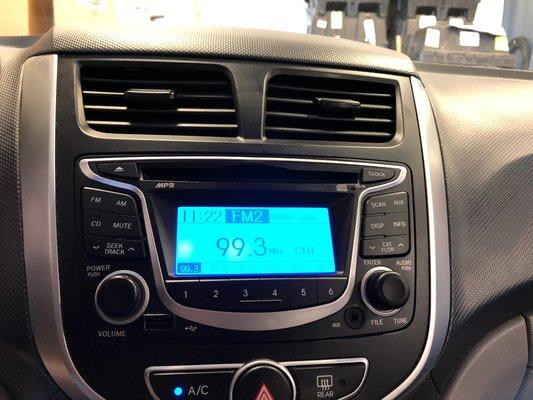 2013 Hyundai Accent GL (7/9)