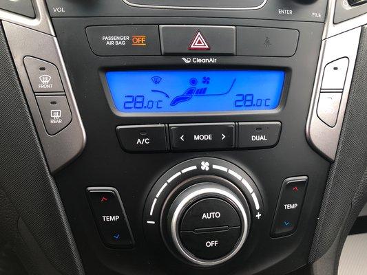 2015 Hyundai Santa Fe Sport Premium AWD (10/13)