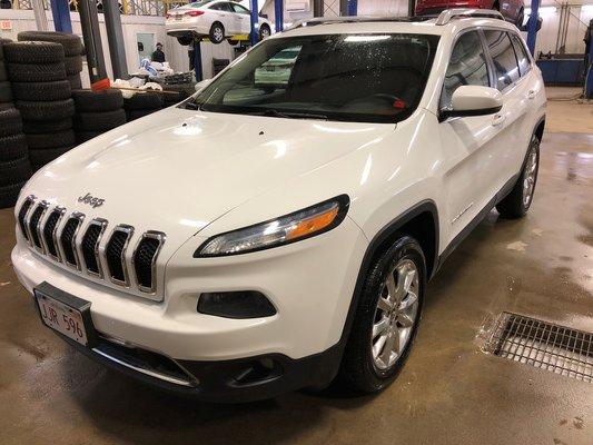 2014 Jeep Cherokee Limited (1/14)