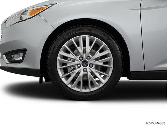 Ford Focus Sedan TITANIUM 2017