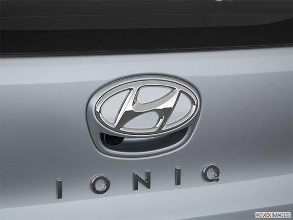 2018 Hyundai Ioniq Hybrid BLUE