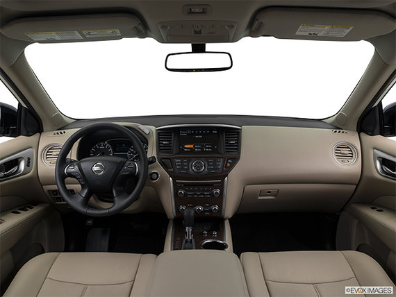 Nissan Pathfinder PLATINUM 2018