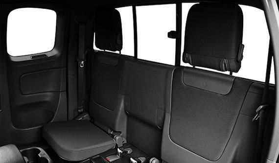 Toyota Tacoma 4x4 Access Cab V6 SR5 2016