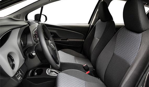 Toyota Yaris Hatchback 5-DOOR LE 2017